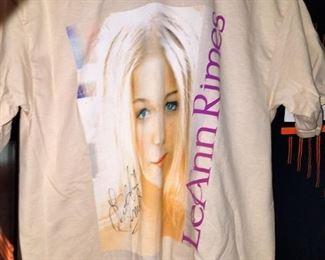 LeAnn Rimes autographed t-shirt