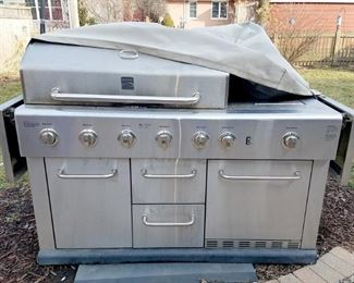 Kenmore 6 burner plus serving burner!!! gas grill