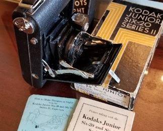 Kodak Junior Six-20 Series II,camera, Box and Manual