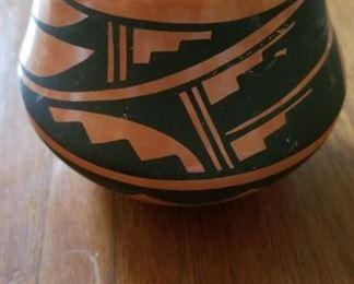 Caol Loretto, Jimez Pueblo Pottery, New Mexico