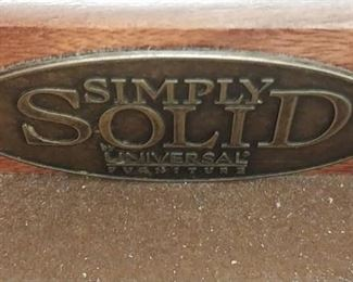 Simply Solid by Universal Furniture