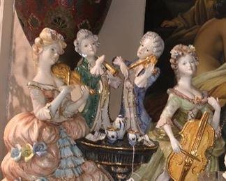 Capodimonte Italian porcelain musician