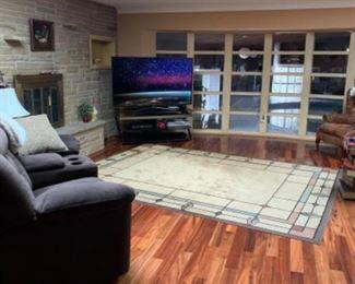 60 inch  smart TV newer