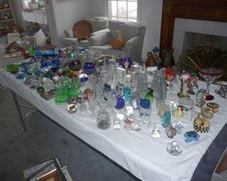Figurines & Glassware