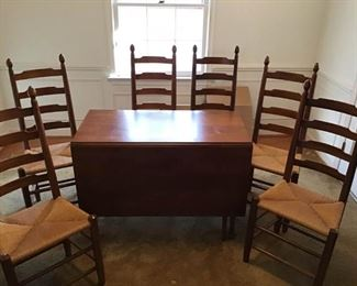 Dining Room Tables and Chairs https://ctbids.com/#!/description/share/309308