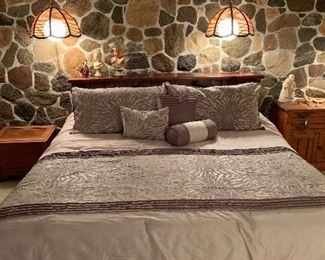 King size bed - Beauty rest Silver