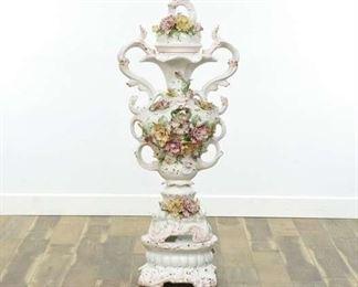 Capodimonte Xl Porcelain Floral Motif Urn