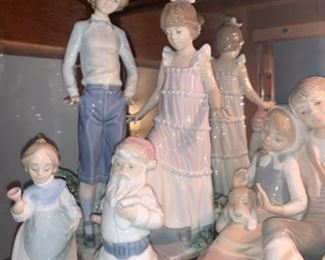 Wide collection of Llardo Figurines