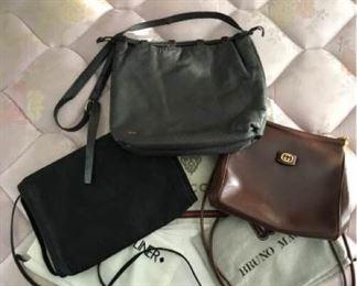 Designer Bags https://ctbids.com/#!/description/share/309636