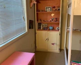 es custom cabinet