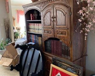 Nice large bookshelf or display cabinet