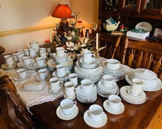 Large Set of China