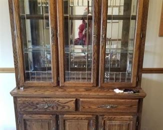 AMERICA China Cabinet , 2 Pieces