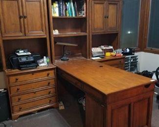 3 Piece Mahogany Coworkers Desk