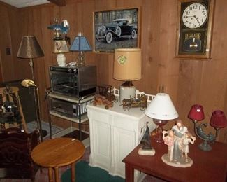 Packard picture-clock, charming lamps, magazine rack, vintage trolley cart table, pizza oven and misc. tables.