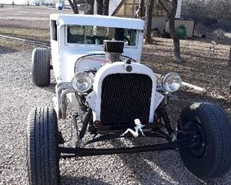"""Awesome Rat Rod  Titled 1931 Chrysler The body is chopped and channeled 5"""" each.  Drivetrain Specs: 318 with a 670 Holly carburetor Edelbrock intake 727 transmission  9"""" ford rear with 3:55 gears and drum brakes on the rear. Air bags and air shocks on the rear suspension.. onboard air compressor for the air bags. Ford straight axle front suspension with disc brakes.  Replica bomber seats Tach, oil pressure, water temp and speedometer gauges."""
