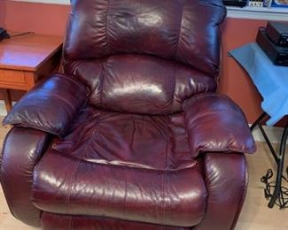 #17		Southern Motion Burgundy Recliner	 $125.00