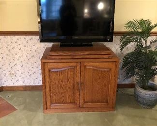 Oak TV Cabinet,  Flatscreen