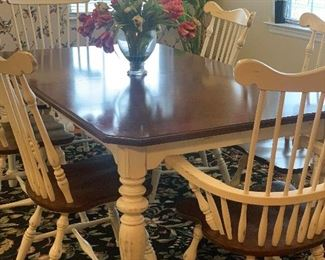 Farm house style table with extra leaf
