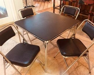 1960s Mint condition Samsonite  card table and 4 chairs