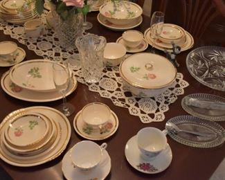 China, Cups saucers, Divided Dish, Serving Dishes Vases, Glassware, Stemware