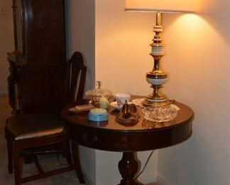 Duncan Phyfe Pie Table, with Vintage Lamp, Crystal Dishes, 1st Federal Metal Bank, Pipe Holder