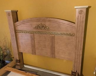Queen Bed Room set includes this foot bd & head bd with side rails and supports for your box spring.