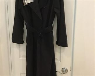 London fog  rain coat.  woman's size 8