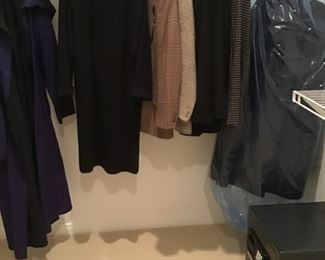Size 40-44 sportcoats   Safe is NOT available