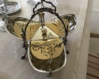Victorian Toast Holder ( closes to form a shell)