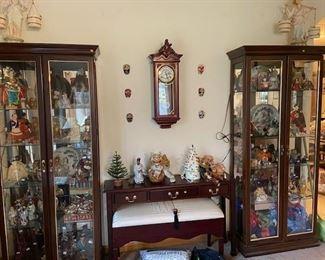 Clock, figurines,  Danbury Mint walrus