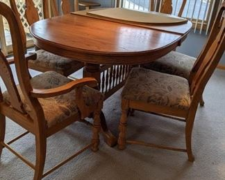 Dining Room Table, 2 Leaves, Pads, 6 Chairs