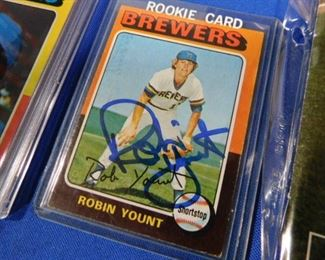 Robin Yount Autographed Rookie Card