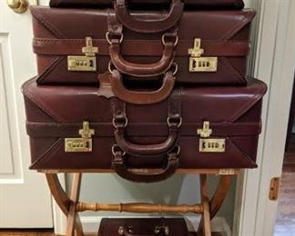 Vintage 4-piece matched set of leather luggage.