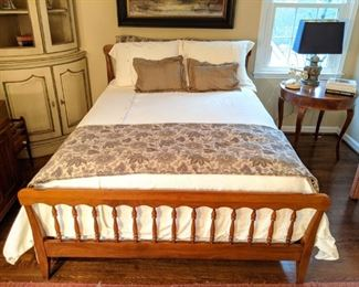 Vintage cherry double size bed, by Harden Furn. Co., McConnellsville, NY.