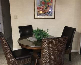 breakfast table with 4 wicker chair