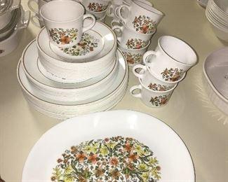 vintage corelle dish set