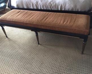 Long bench size king size width