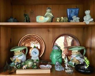 Frogs, owls, pigs, elephants! In abundance!