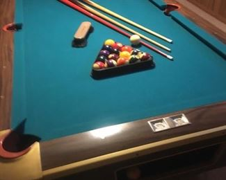 Great Condition Pool Table w/Accessories
