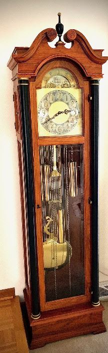 "5 tube COLONIAL GRANDFATHER CLOCK in perfect working and chiming condition. Maybe 1980's?  Excellent condition, very clean. Has a set of 3 vintage weights and is cable driven, chimes every 15 minutes. No cracks on tubes. Sounds great. size: 78"" tall x  wide x  deep NOTE:  local pick up, buyer responsible for moving."
