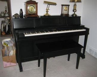 Clayton piano