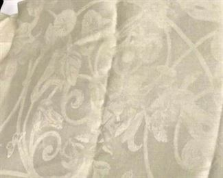 https://www.ebay.com/itm/114113096496 SM3028: JACQUARD FRANCAIS TABLE CLOTH FLORAL BEIGE