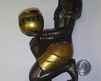 https://www.ebay.com/itm/124158320571	AB0215 MARDI GRAS THOTH KREWE FAVOR STATUE $40.00 WEIGHT 1LBS HIEGHT 6  in CHS BASE 2 1/4  X 3 3/4 BOX 74