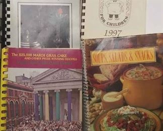 https://www.ebay.com/itm/124158328685	AB0227 LOT OF FIVE VINTAGE COOKBOOKS $20.00 SOUPS, SALADS, SNACKS. 25K MARDI-GRAS CAKE REASURED RECIPIES CHEF'S CHARITY FOR CHILDREN BERRY-GOOD RECIPES BOX 76