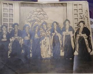 "https://www.ebay.com/itm/114158184315BOX54: 1940s ERA BLACK AND WHITE PICTURE OF LADIES IN COSTUME MARDI GRAS MYSTIC KREWE OF SHANGRI-LA PICTURE SIZE 11""×14"" $25"