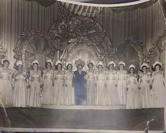 https://www.ebay.com/itm/114158186406BoX55: 1940s ERA BLACK AND WHITE PICTURE OF WOMEN IN BALL GOWNS MYSTIC KREWE OF SHANGRI-LA $25