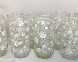 """https://www.ebay.com/itm/114194993663BR001: Vintage Mid-Century Modern White Floral Decorated Glass Tumblers, 8 pieces, 5.5""""  $35"""