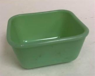 https://www.ebay.com/itm/124142977358Cma2023: Jadeite Fire King Philbe Green Small Refrigerator Dish NO Lid  $20