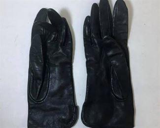 https://www.ebay.com/itm/124143297907Cma2035: Vintage Soft Leather Black Gloves  $5
